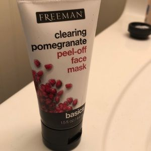 Freeman clearing pomegranate peel off face mask